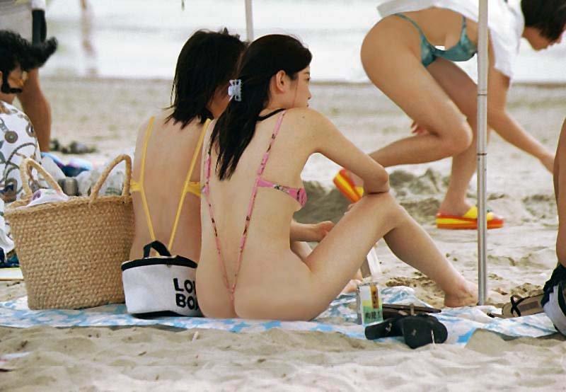 японки в мини бикини фото